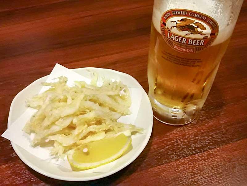近江食堂白海老唐揚げと生ビール